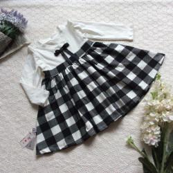 váy thu chân kẻ caro